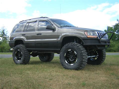 cherokee jeep 2000 2000 jeep grand cherokee lifted want these wheels
