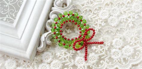 mini bead wreath  christmas carols