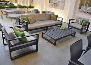 Salon Aluminium De Jardin : salon de jardin 5 places en alu anthracite azuro ~ Edinachiropracticcenter.com Idées de Décoration