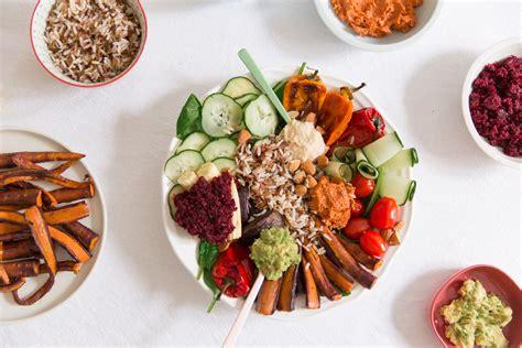 cuisine asiatique veggie bowl ou la assiette végétarienne