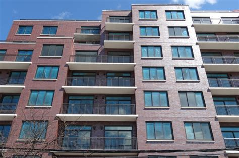 broadway apartments  rent  astoria luxury
