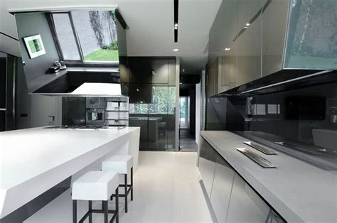 top high tech kitchen design trends  striking interior