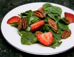 Spinach Salad with Strawberries and Pecans Recipe