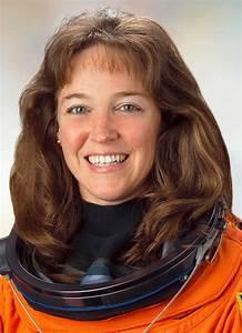 Astronaut Biography: Lisa Nowak