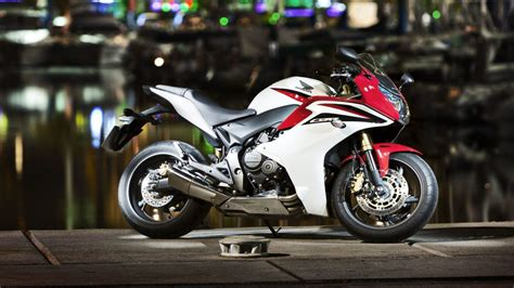 Honda Cbr600rr Wallpapers And Background Images