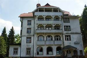 Villa 15 Freiburg : schlosshotel waldlust das haus der gruseligen ph nomene travelbook ~ Eleganceandgraceweddings.com Haus und Dekorationen