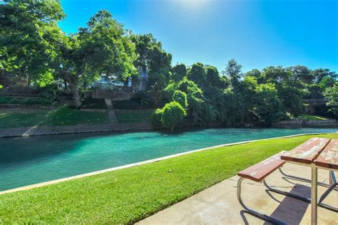 new braunfels condos comal river vacation rentals river