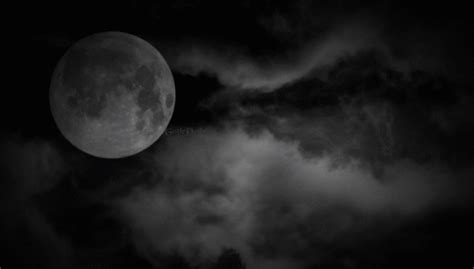 moon eerie clouds gif gothdolly