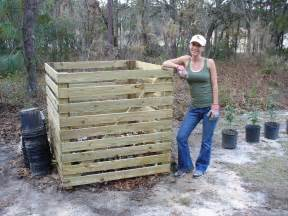 How to Build a Pallet Compost Bin