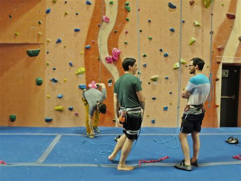 Reasons Why You Should Start Rock Climbing Today Also