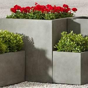 Comment Remplir Une Grande Jardinière : jardini re b ton 27 id es sympas pour un ext rieur moderne ~ Melissatoandfro.com Idées de Décoration