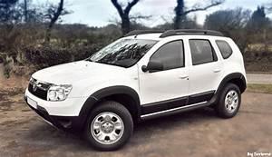 4x4 Dacia : dacia duster elu 4x4 de l 39 ann e 2011 vid o blog automobile ~ Gottalentnigeria.com Avis de Voitures