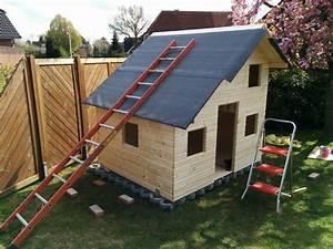 Dachpappe Verlegen Auf Holz : das verlegen der dachpappe spielhaus aus holz ~ Frokenaadalensverden.com Haus und Dekorationen