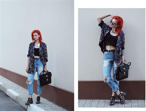 Viktoria Temnova  Pull & Bear Jeans, Zara Shoes Olafur