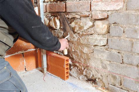 monter un mur en brique creuse monter un mur en brique creuse construire un mur de briques