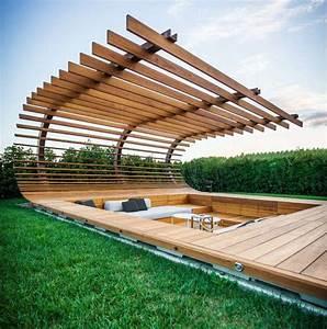terrasse en bois pour decoration de piscine par alessandro With terrasse en bois piscine