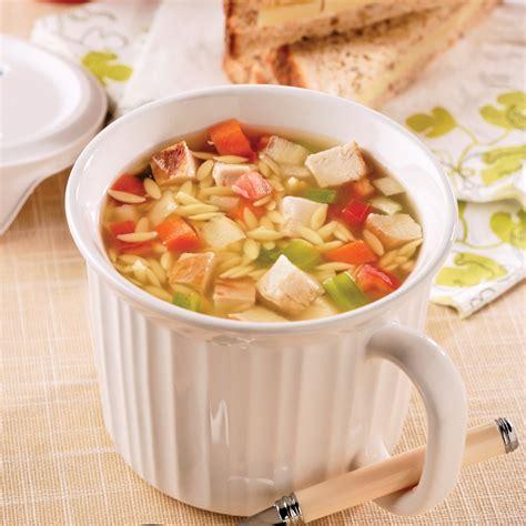 recette cuisine poulet soupe repas au poulet et orzo recettes cuisine et