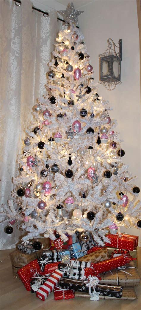 sparkling silver christmas decorations ideas