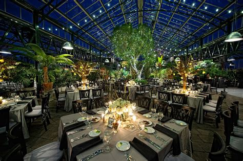 stylish botanical gardens wedding reception michigan