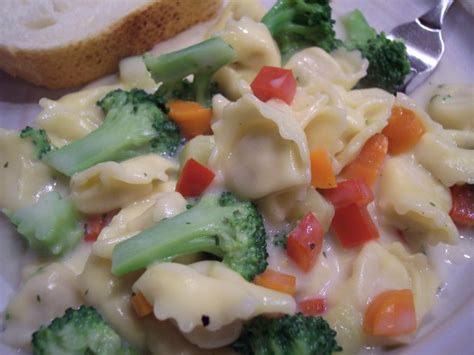 light alfredo sauce tortellini with light alfredo sauce recipe food