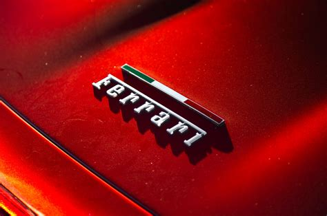 ferrari badge wallpaper wallpapertag