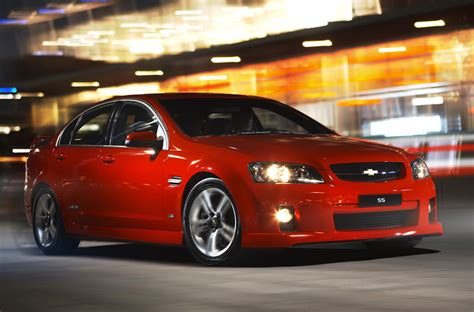 lhd holden commodore testing  oz     chevy