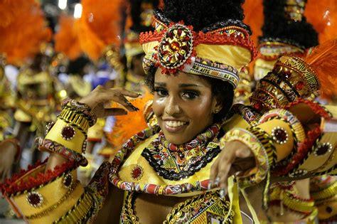 Rio Carnival-sambadrome Parade-tickets-hotels