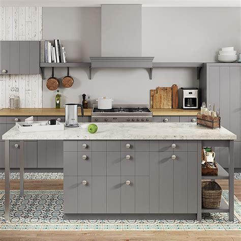cuisine encastree la hotte décorative arrive dans nos cuisines but