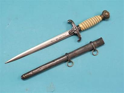 Dagger Swords