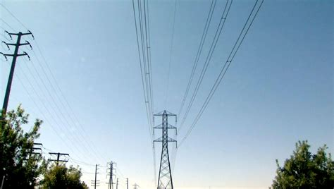 california regulators pass higher electricity rates