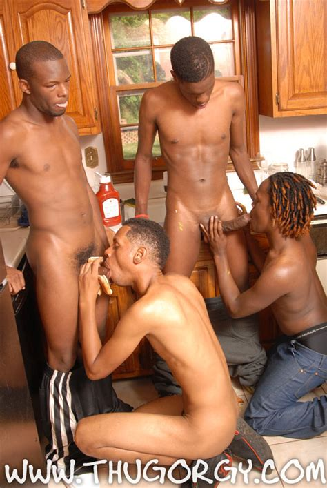 Video Blog Of Thug Gay Porn Naked Images