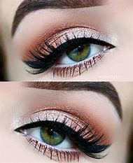 Makeup Looks with Green Eyes