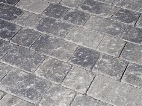 pflastersteine grau anthrazit pflastersteine quot senolo antik quot grau schwarz anthrazit pflastersteine gerwing steinshop