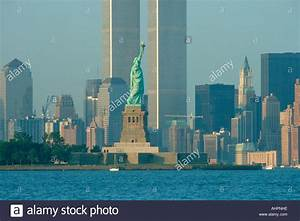 liberty, 100, rear, view, of, statue, of, liberty, with, twin