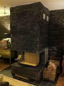 Tour De Cheminée : chemin e en pierres noires la tour de peilz art feu ~ Nature-et-papiers.com Idées de Décoration