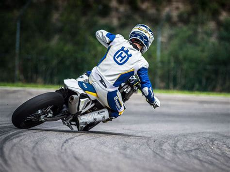 Husqvarna Fc 450 4k Wallpapers by 2015 Husqvarna Fs 450 Motorcycle Review Top Speed