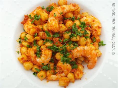 recette cuisine rapide crevettes aux pois chiche et chorizo maman tambouille