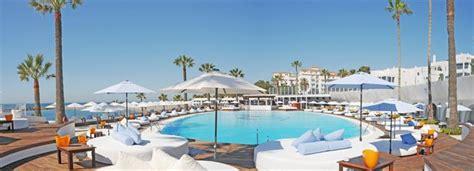 chef de cuisine connu les meilleurs clubs sur la plage de marbella