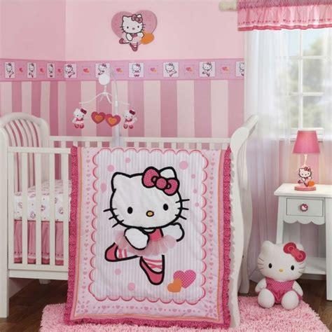hello chambre bébé 20 idées douces de décoration de la chambre bébé fille