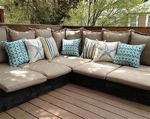 7 beautiful and fascinating pallet couches wooden pallet for Building a pallet sectional sofa