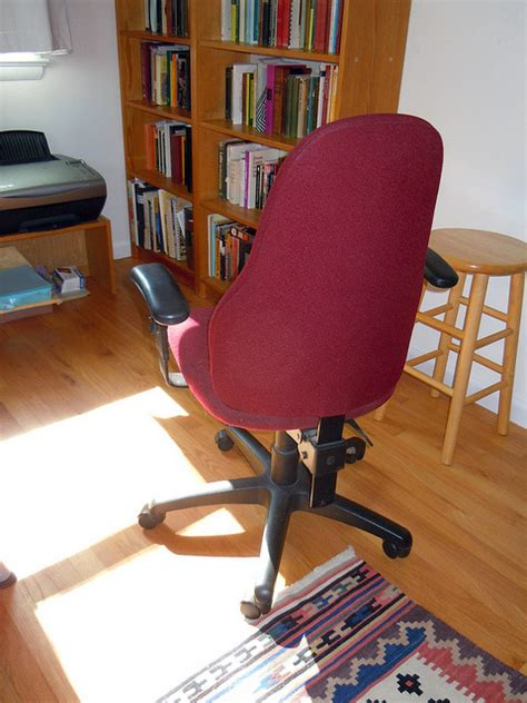 Office Chairs On Hardwood Floors by How To Protect Hardwood Floor From Office Chairs Chairbuzz