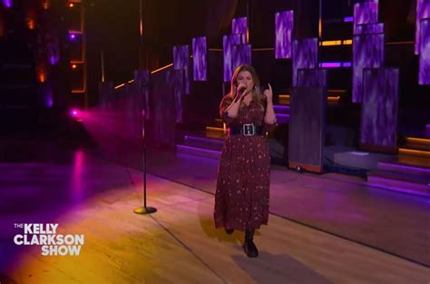Kelly Clarkson Tackles New Radicals on Kellyoke, Talks ...
