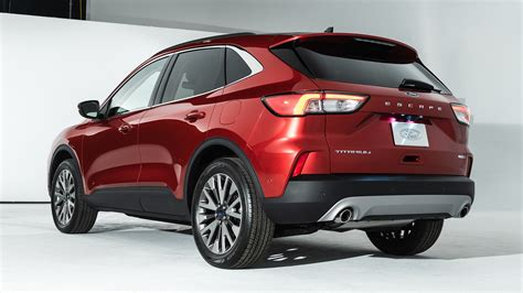 Explore the models of the 2021 ford® escape suv. 2020 Ford Escape: You Can Now Build and Price One ...