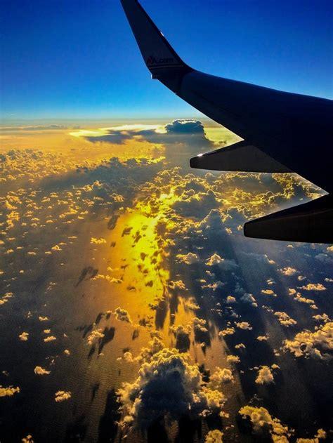 amazing photographs captured  airplane window
