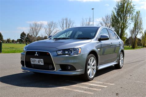 mitsubishi lancer review  ralliart