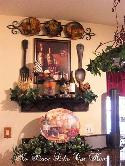 Tuscany Grape Decor For Kitchen by Best 25 Tuscan Kitchen Decor Ideas On Kitchen
