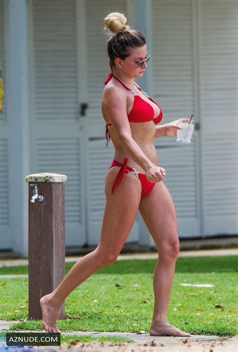 Zara Holland Spotted On The Beach In Barbados Donning A