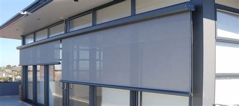 install  mount blinds  window trim