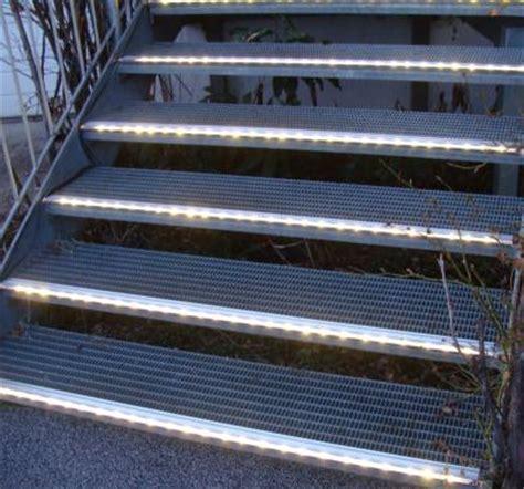 Treppenbeleuchtung Led Außen by Beleuchtete Stufen Led Treppenbeleuchtung Treppen