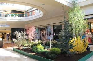 5th annual flower and garden show at the mall at chestnut